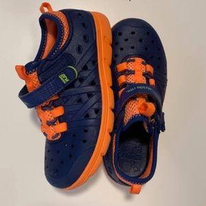 Phibian child shoes